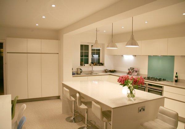 Superieur Taupe And White Contemporary Kitchen | Sarah Jane Nielsen | Kitchen |  Pinterest | White Contemporary Kitchen, Contemporary And Kitchens