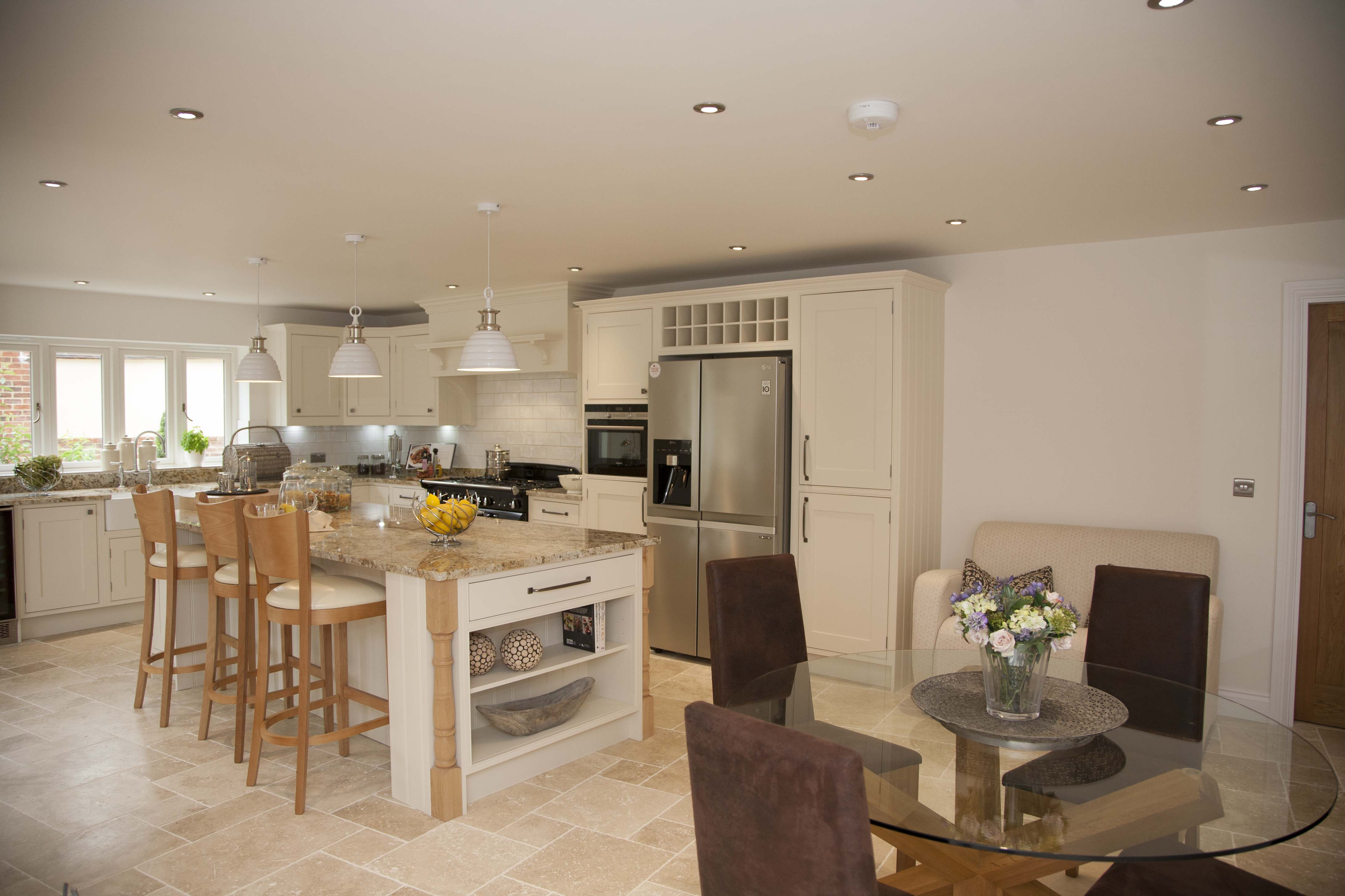 beautiful kitchen needs a home the kitchen experts at lacewood